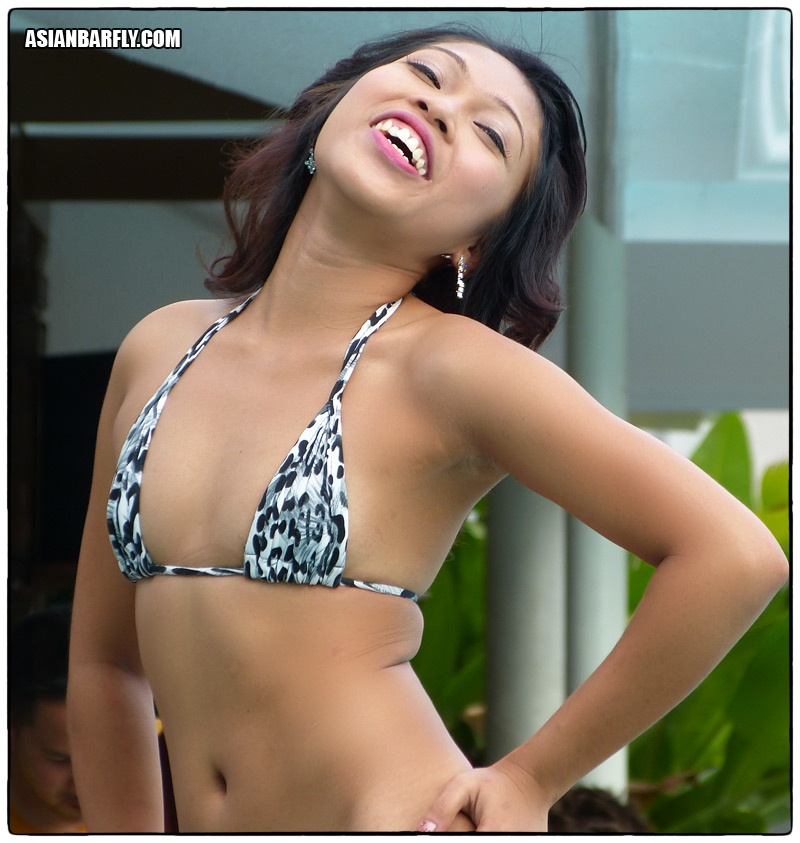 asian smile06 Natural Filipina Beauty