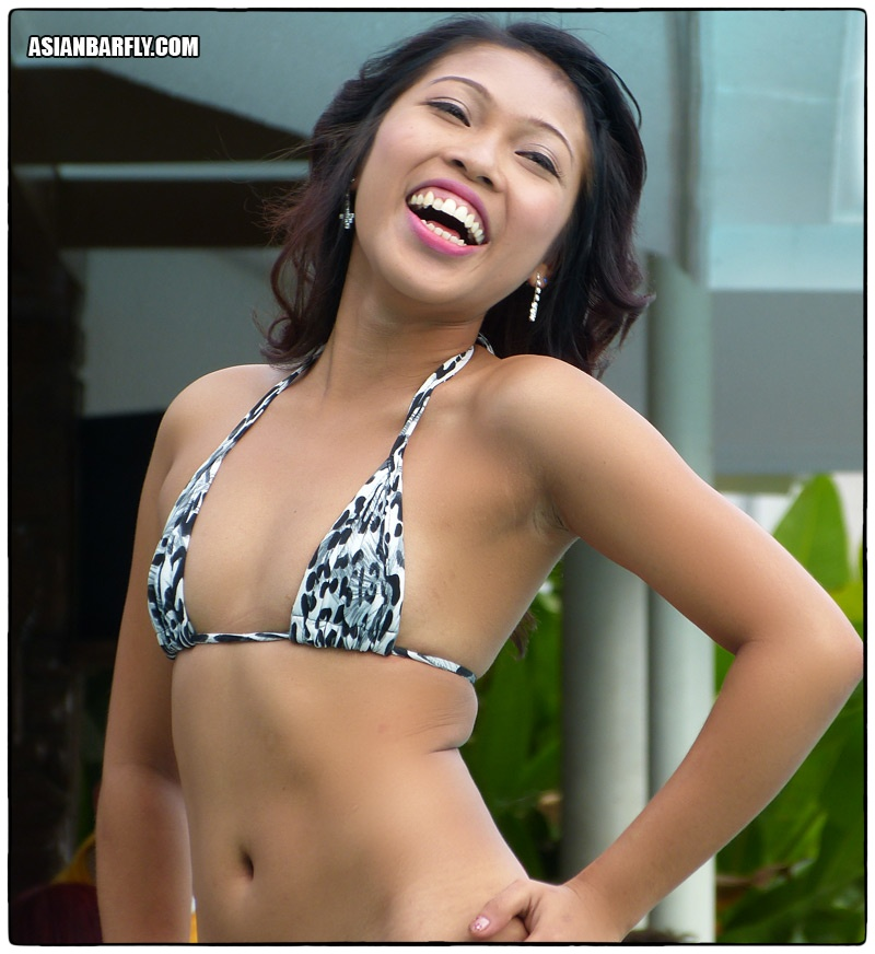 asian smile07 Natural Filipina Beauty