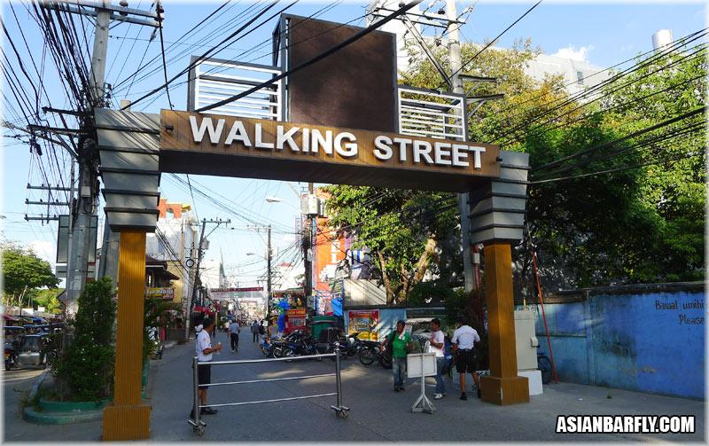 Walking Street, Angeles City